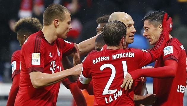 O Bayern venceu o Hoffenheim com Kadeřábek, o Darida ajudou o gol a desenhar