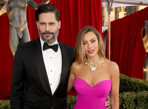 Joe Manganiello a Sofia Vergara (Los Angeles, 30. ledna 2016)