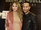 Chrissy Teigenová a John Legend (Los Angeles, 23. února 2016)