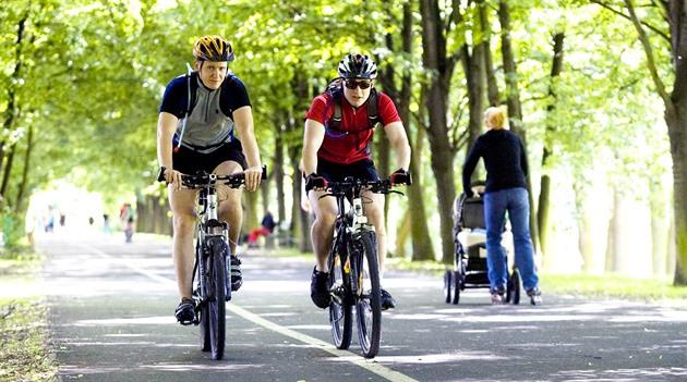 Cyklostezka z Braníka patří k nejvytíženějším v Praze. V některých letních...