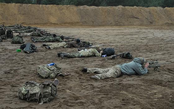 Na mezinárodní šampionát odstřelovačů přijelo do Bzence 72 elitních střelců z devíti zemí