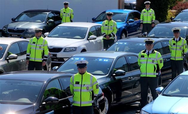 Policie převzala dalších 35 octavií pro dohled nad provozem na silnicích...