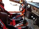 Interiér renovovaného vozu je od původního odlišný. Musí splňovat současné bezpečnostní předpisy.