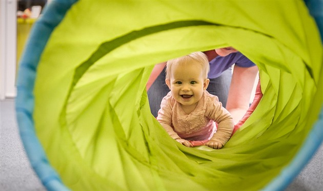 Tunel je skvělý k podpoření pohybové aktivity dětí.