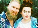 Modelka Tess Holliday a jej� partner Nick Holliday