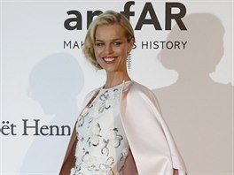 Eva Herzigová na amfAR Cinema Against AIDS 2016 (Antibes, 19. května 2016)