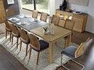 Jídelní stoly stmelují rodiny i přátele
