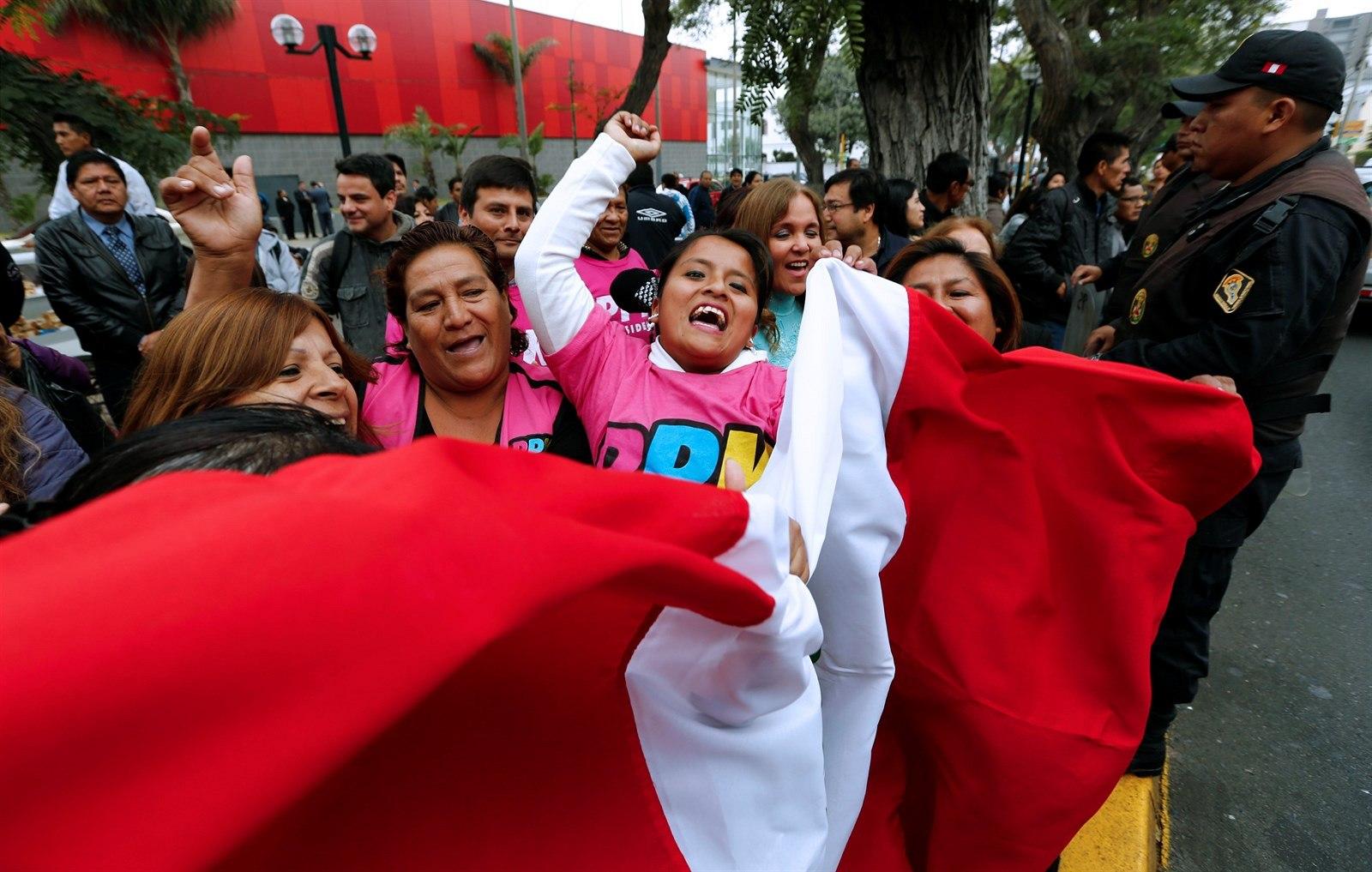 peruanos