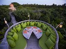 Restaurace Fresh in the Garden (Kunfunadhoo, Maledivy)