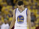 Stephen Curry z Golden State, zklaman� z v�voje fin�le NBA ��slo p�t.
