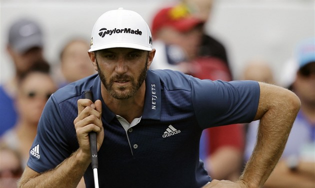 Dustin Johnson na turnaji v Akronu.