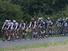 Cyklistick� peloton ve 4. etap� Tour de France.