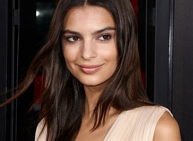 Emily Ratajkowski na premiéře filmu We Are Your Friends (2016)