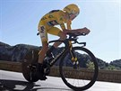 Chris Froome na trati �asovky ve t�in�ct� etap� Tour de France.