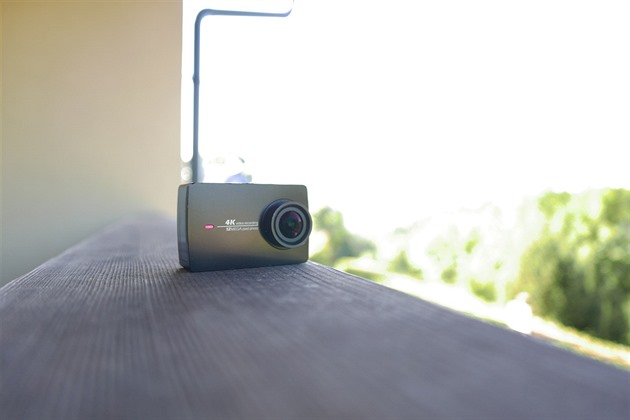 Ak�ní kamera YI Action Camera 2