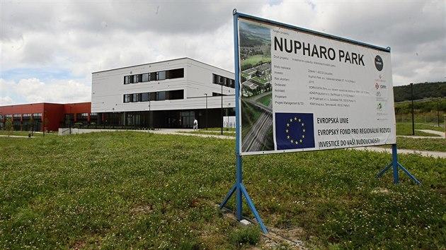 Krachující Nupharo Park, na kterı MPO poskytlo z evropskıch peněz dotaci 300 milionů korun.