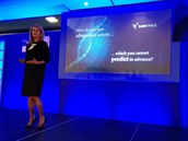 Nicole Eaganov�, CEO spole�nosti Darktrace, na konferenci Gartner Security & Risk Management Summit v Lond�n� 2016