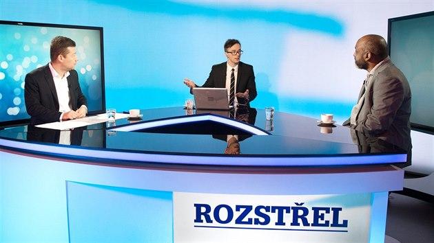 Tomio Okamura drtí v televizní diskuzi ředitele Muslimské unie v ČR