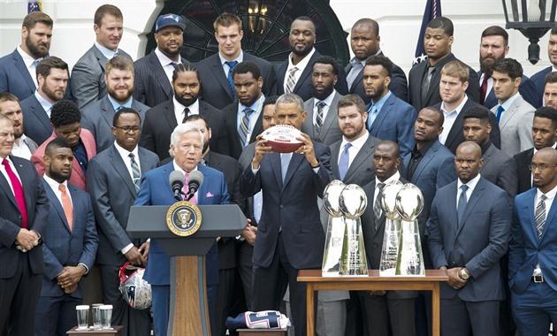 Sr. Presidente, não vou. Onde foi a tradição de boicote da Casa Branca?