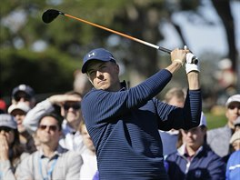 Jordan Spieth na turnaji v Pebble Beach.