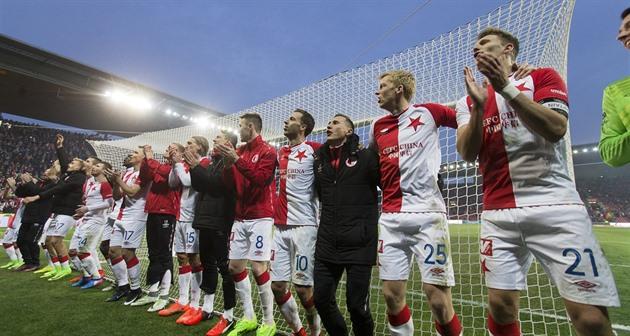 Nós vamos manter o primeiro lugar. Quando o Slavia não faz outra exceção, tem um título