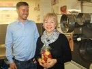 Jakub Gondek se svou maminkou Olgou, která vyrobila první tiramisu v panelákové kuchyni.