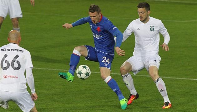 Karvina – Slavia 1: 2, o herói de dois golos Mešanovič conquistou a vitória