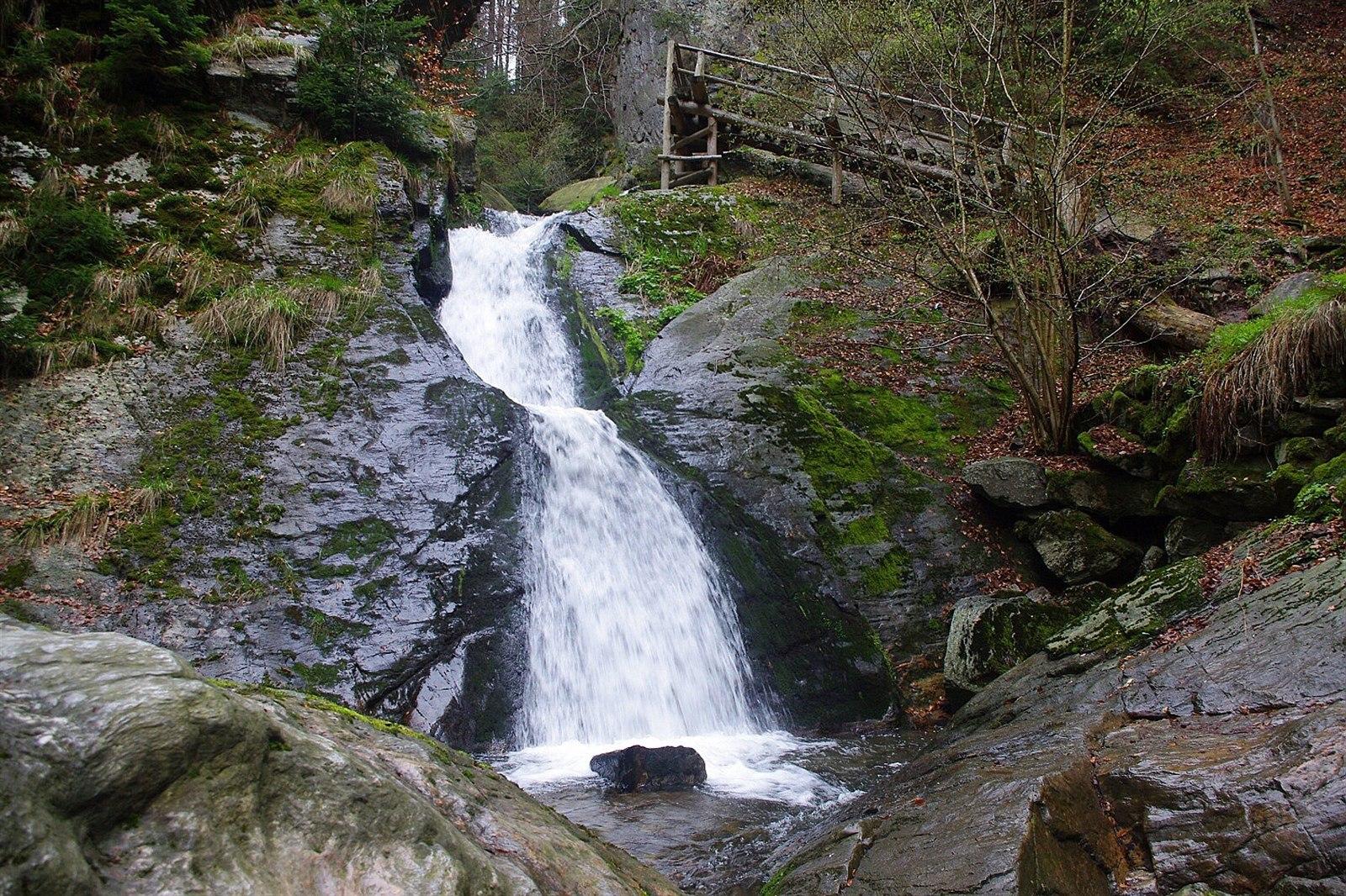 Rešovské vodopády, dolní stupeň