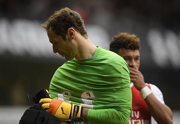 Estou bravo e desapontado, disse ele depois de um derby perdido com o Tottenham