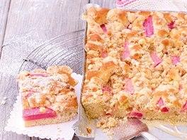 Drobenkový rebarborový-hruškový koláč