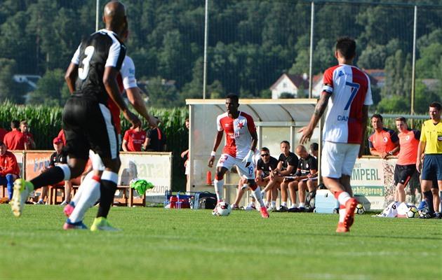 Slavia a dessiné avec Krasnodar, Zlin a joué dans une rangée avec Fulham