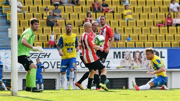 Je voudrais seulement recueillir des minutes en Slavia, je veux tous les matches, la chaleur de Trubač décrit