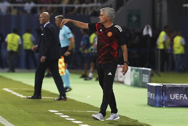 Offside, avoir une vidéo, ce serait une extension, a déclaré Mourinho. Balea n'apportera pas