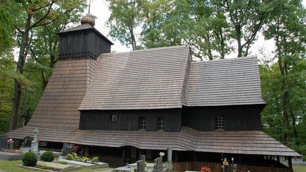 Dřevěnı kostel v Gutech před ničivım požárem