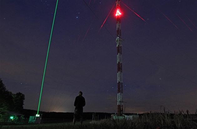 Měření aerosolů v atmosféře pomocí laseru lidar (15. srpna 2017).