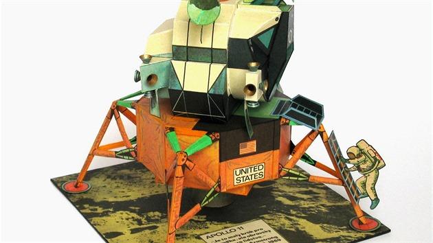 Lunární modul mise Apollo 11, nejoblíbenější vystřihovánka autorské dvojice Václav Šorel a František Kobík, vyšla v ABC v roce 1972