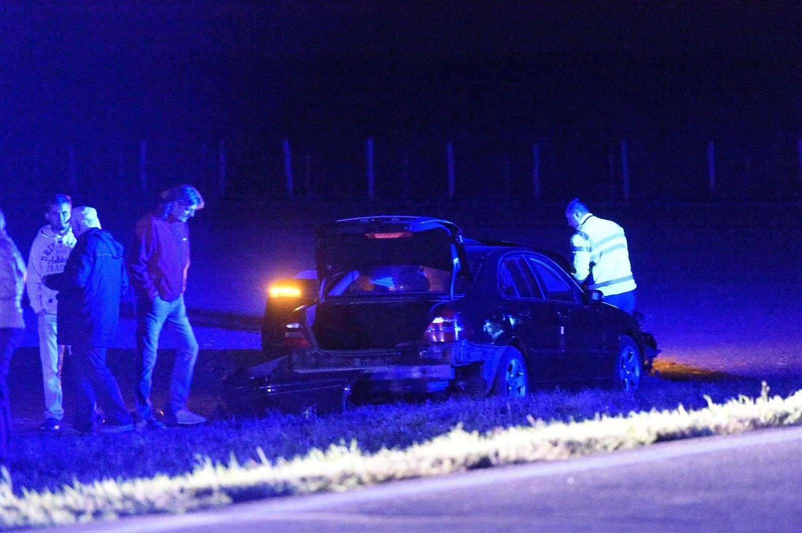 Výsledek obrázku pro U Lechovic na Znojemsku večer havarovalo auto s člověkem, který patří mezi osoby chráněné policií. Při nehodě se údajně lehce zranil ministr zahraničních věcí Lubomír Zaorálek… Autor: ČTK