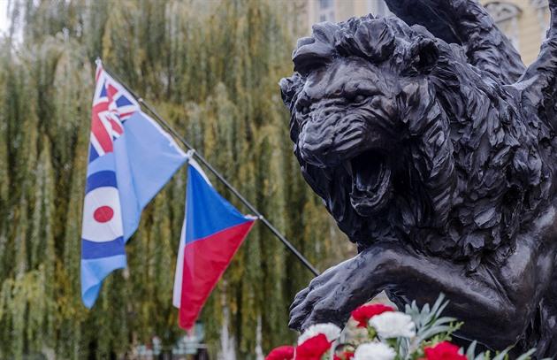 Okřídlený lev dostal plaketu se jmény padlých vojáků, spory utichly