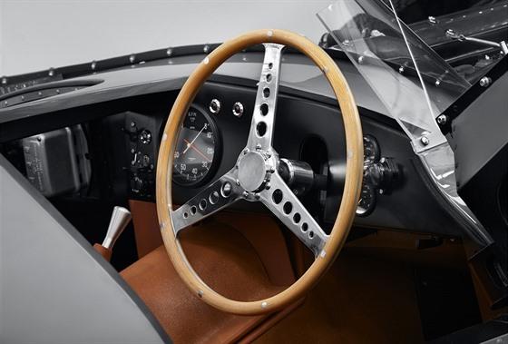 Divize Jaguar Classic vrací v omezeném počtu do vıroby legendární Jaguar D-Type