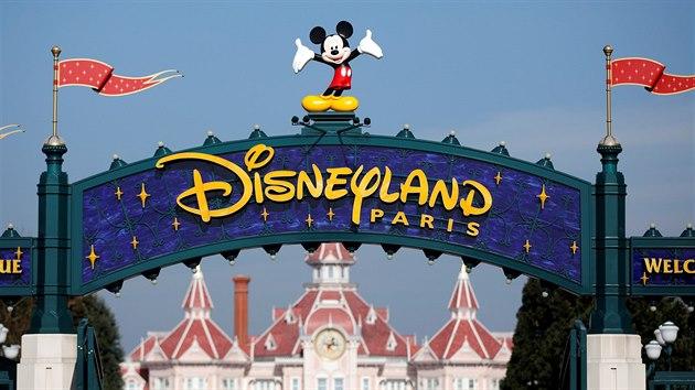 Disneyland v Paříži je nejnavštěvovanějším tematickım parkem v Evropě. Od roku 1992 jeho turnikety prošlo přes 320 milionů návštěvníků.