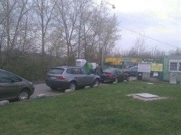 U ekodvora v ulici Josefy Faimonové v brněnské části Líšeň se od rána tvořily...
