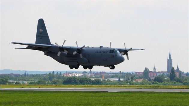 Americké stroje C-130 Hercules na čáslavské základně jako podpůrné letouny pro letce texaské Národní gardy