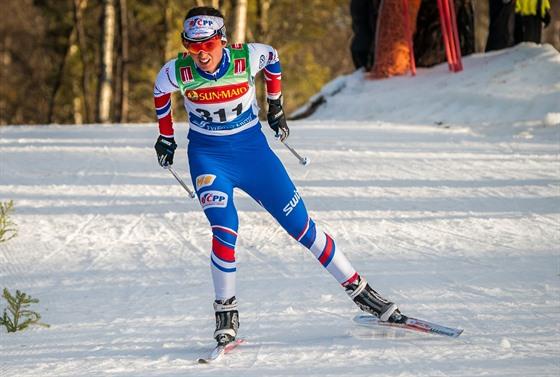 Kateřina Razımová na trati závodu v běžeckém lyžování v Novém Městě na Moravě