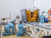 Příprava satelitu OneWeb