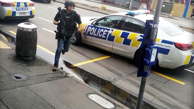 Policie v novozélandském městě Christchurch. (15. března 2019)
