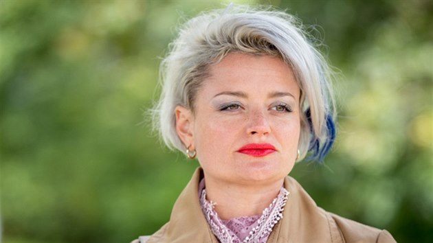 Erika Stárková v seriálu Most