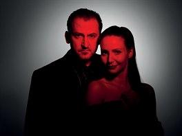 Martin Hofmann a Veronika Arichteva jako tváře inscenace Zimní pohádka