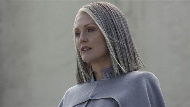 Julianne Moore ve filmu Hunger Games: Síla vzdoru 2. část (2015)