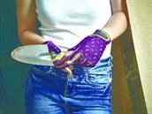 Dámské rukavice na zahradu s motılím vzorem