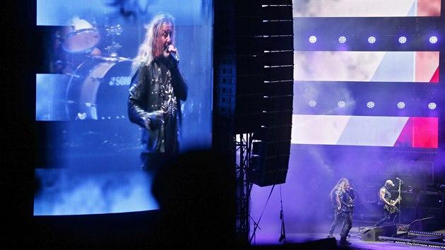 Koncert rockové skupiny Kabát ve zcela zaplněném amfiteátru v Plzni - Lochotíně (14. září 2019)